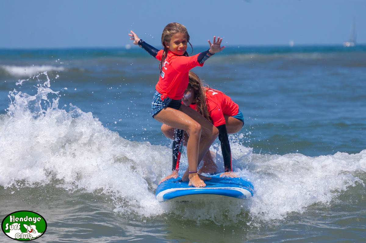 surf Tandem Clara H. Mariam O. HBSC