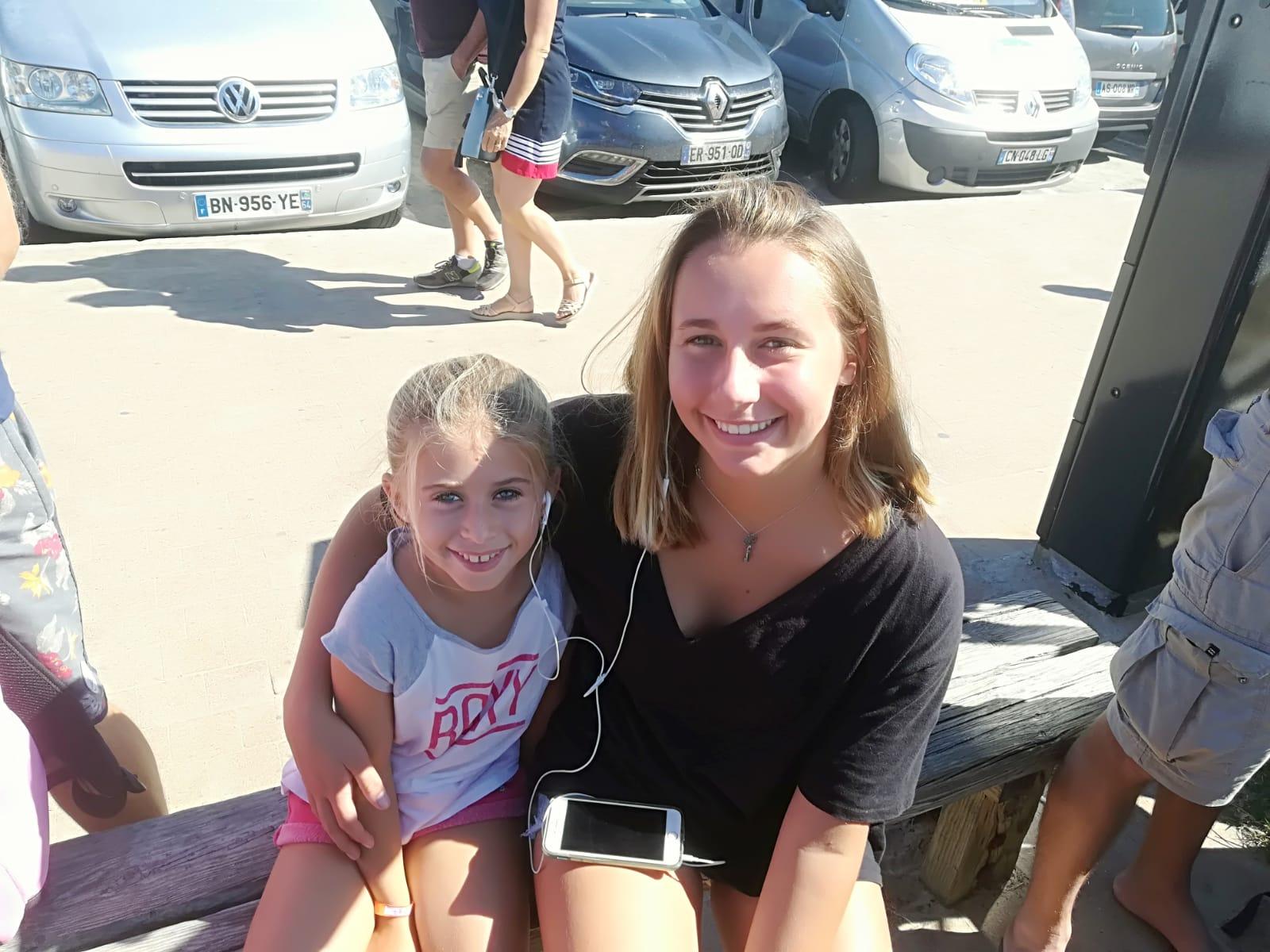 Lili Termeau et Lily Hirigoyen du Hendaye Bidassoa Surf Club