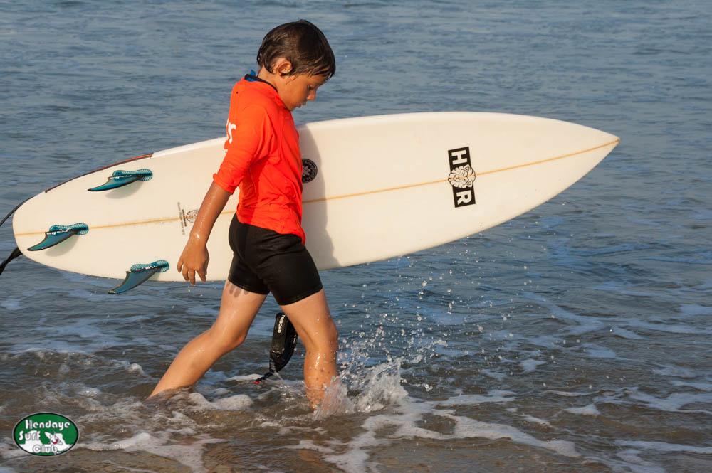 HBSC Reprise des cours de surf enfants Mardi à Hendaye
